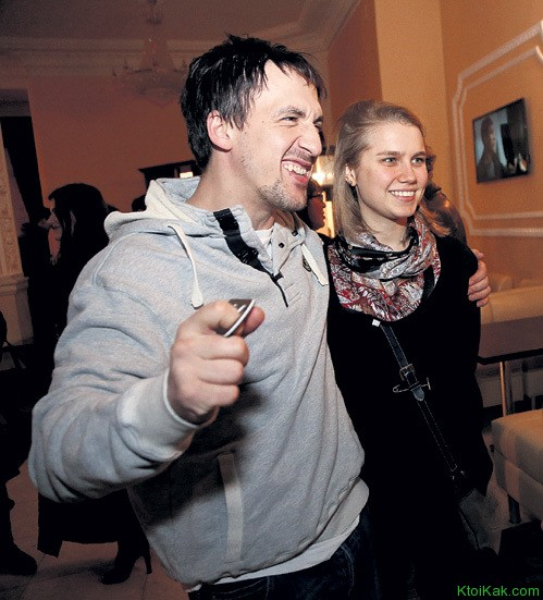 артур смолянников с женой фото